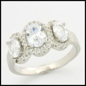Jewelry - AAA Grade Cubic Zirconia Ring